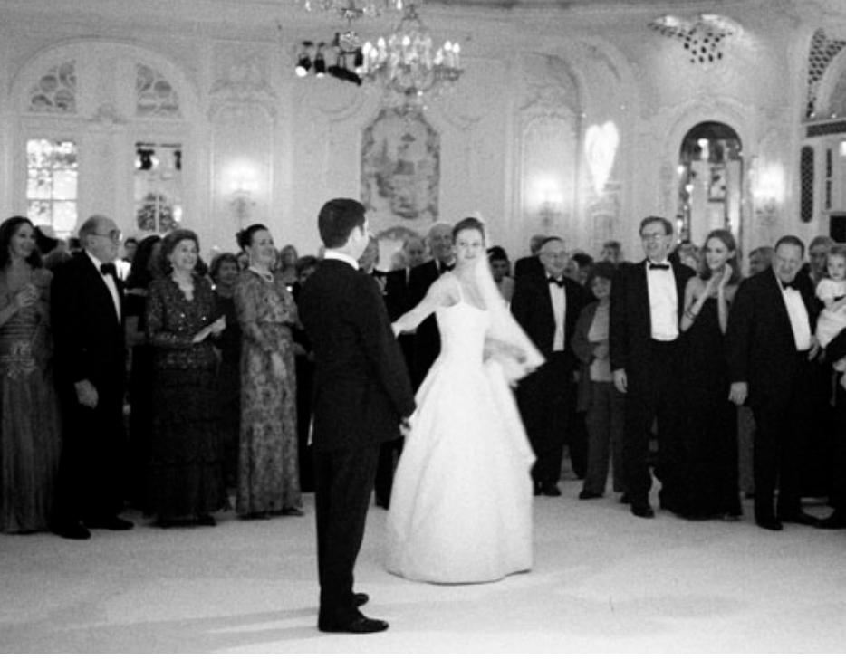savoy wedding photographer - couple dancing