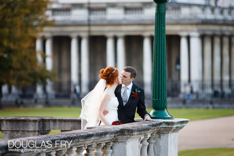 Wedding Photographer Queens House - Greenwich - Couple kissing
