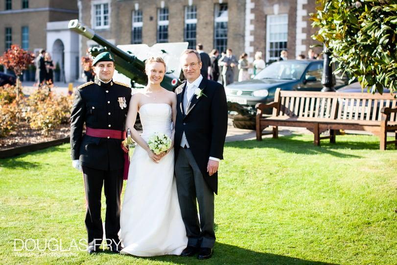 hac formal photorgraph at wedding