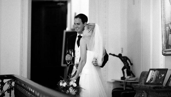 Nicki and Dan's Wedding Photographs at Farm Street Church and the Carlton Club, London 5