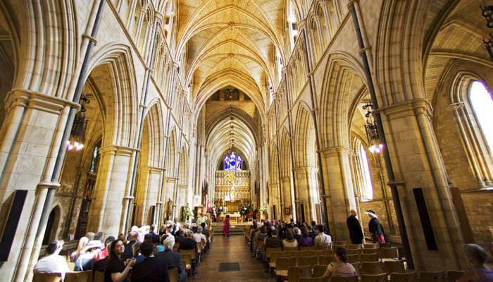 Vanessa and Paul's Wedding Photographed at Southwark Cathedral and Skinner's Hall in London 1