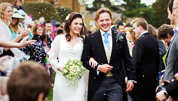 Wedding Photographs from Ellie and Sam's wedding at Upper Wardington, Banbury, Oxfordshire 5