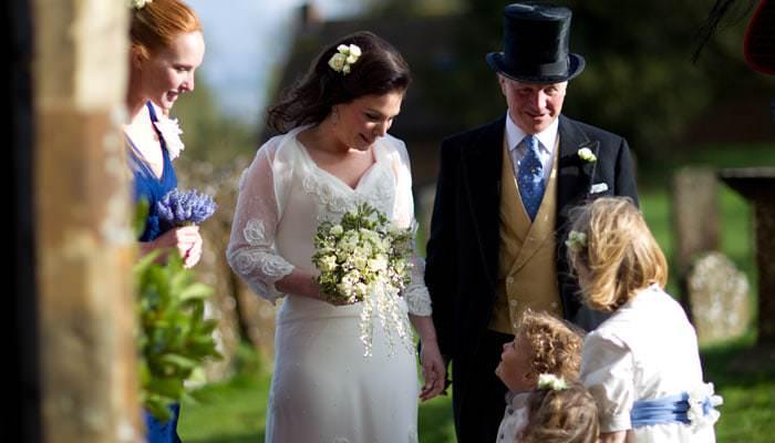 Wedding Photographs from Ellie and Sam's wedding at Upper Wardington, Banbury, Oxfordshire 2