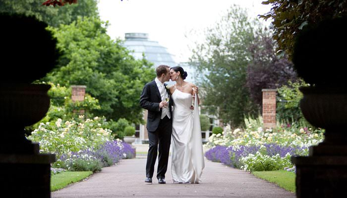 Lisa and Brian's Wedding Photographs - The Hurlingham Club, Fulham, London 3