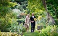 Wedding photographer chelsea physic garden