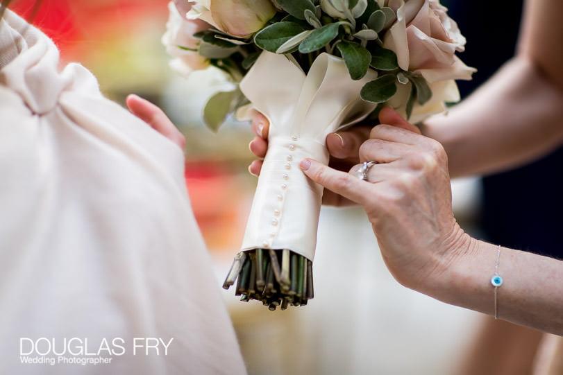 Wedding Photographer Mandarin Oriental Hotel - bouquet