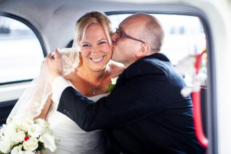 Wedding photographer St Brides Church